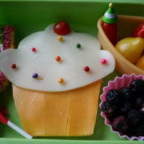 Bento Love: Cupcake Surprise Lunchbox