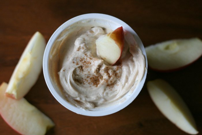 Greek yogurt peanut butter dip with apples slices