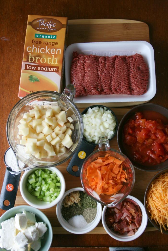 Crockpot Bacon Cheeseburger Soup