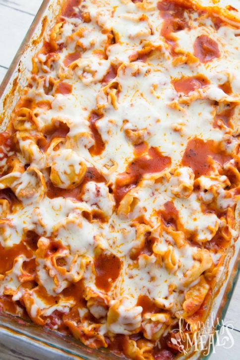 Easy Cheesy Tortellini Bake Recipe - Family Fresh Meals