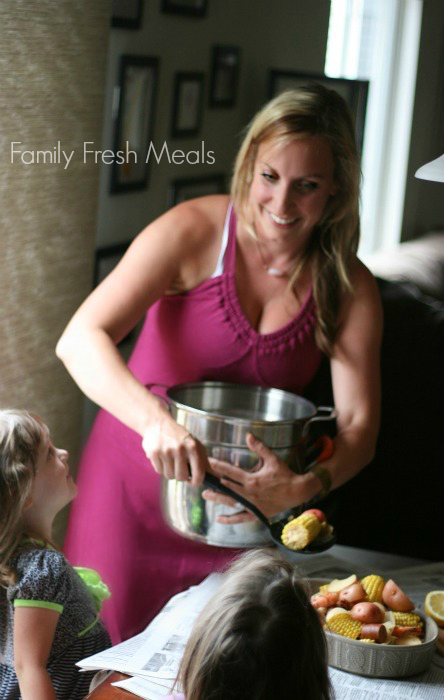 Crockpot Low Country Boil _  Family Fresh Meals