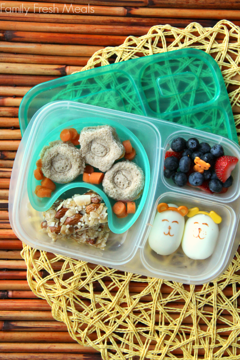 Lunchbox Ideas - Mini sandwiches and hard boiled eggs - Family Fresh Meals