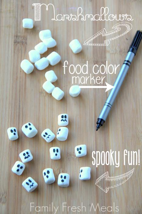 Spooky Halloween Hot Chocolate ---- FamilyFreshMeals.com