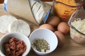 Cheesy Biscuit Breakfast Casserole - Ingredients