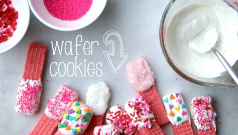 Super Easy Valentine's Day Cookies __ FamilyFreshMeals.com #valentinesday