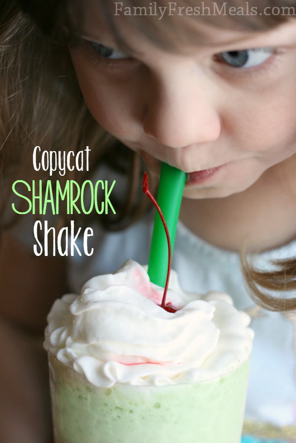 Copycat Shamrock Shake FamilyFreshMeals.com