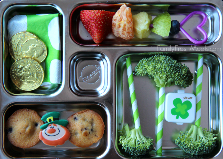 Easy St. Patrick's Day Lunchbox Idea s-  Rainbow and gold coins - Family Fresh Meals