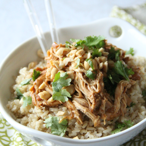 30 Easy Crockpot Recipes - Crockpot Thai Peanut Chicken ---- FamilyFreshMeals.com