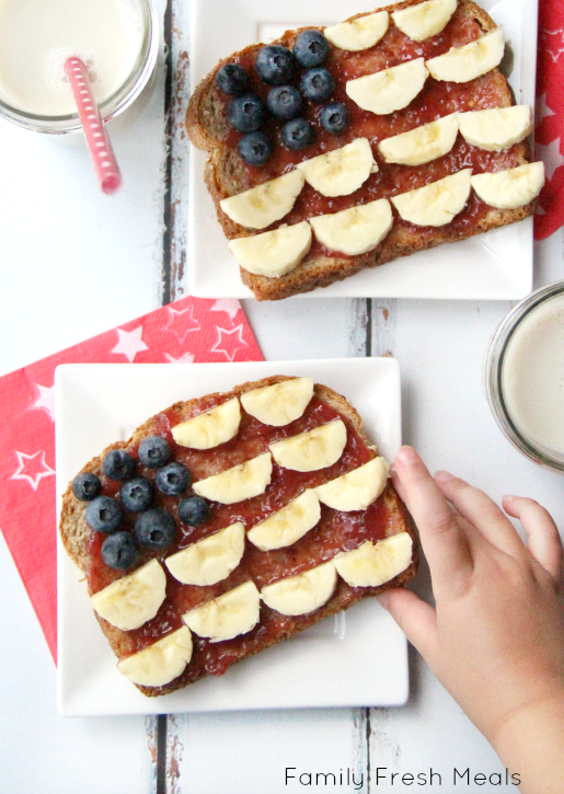 4th of July Breakfast -- FamilyFreshMeals.com