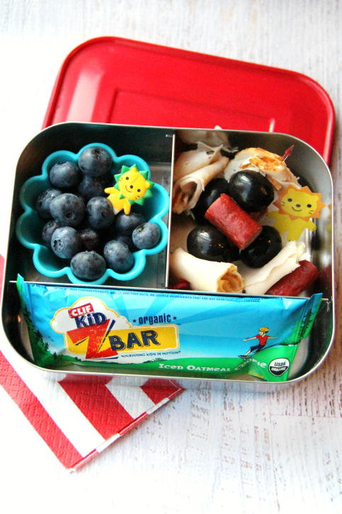 Rock the Lunchbox - School Lunchbox Ideas - sandwich skewers - FamilyFreshMeals.com