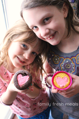 Easy Heart Valentine Cupcakes - Family Fresh Meals - Enjoy!