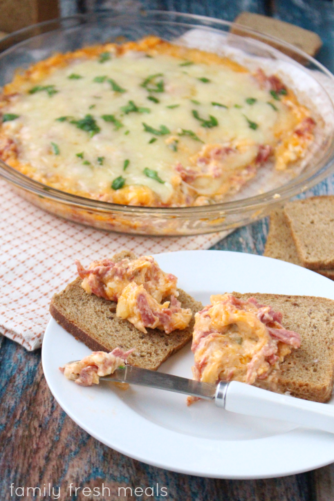 Reuben Dip - FamilyFreshMeals.com - This dip is AMAZING!!! Great for entertaining.