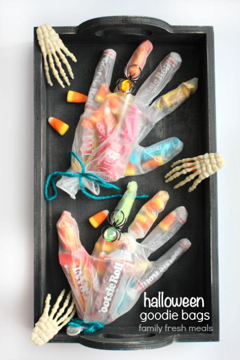 Creepy Halloween Goodie Bags - FamilyFreshMeals.com