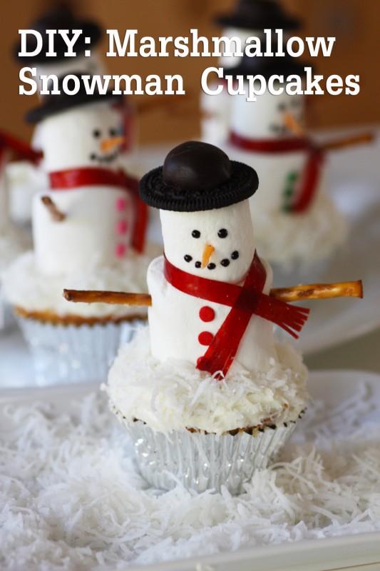 20 Holiday Cupcakes