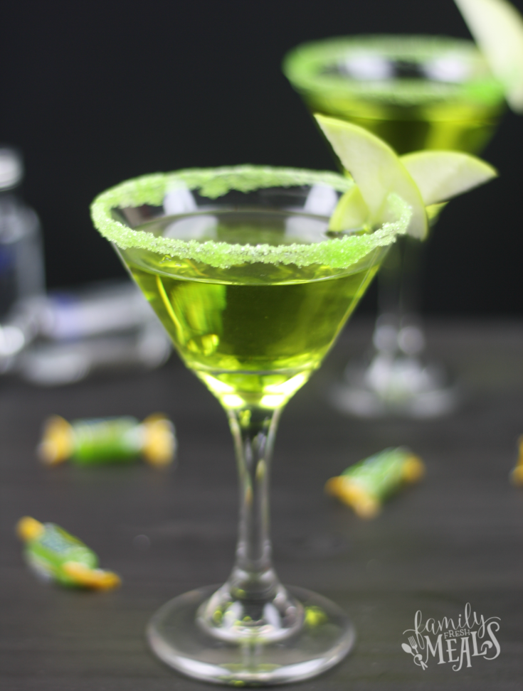 Green apple jolly rancher martini family fresh meals for Green cocktails with vodka