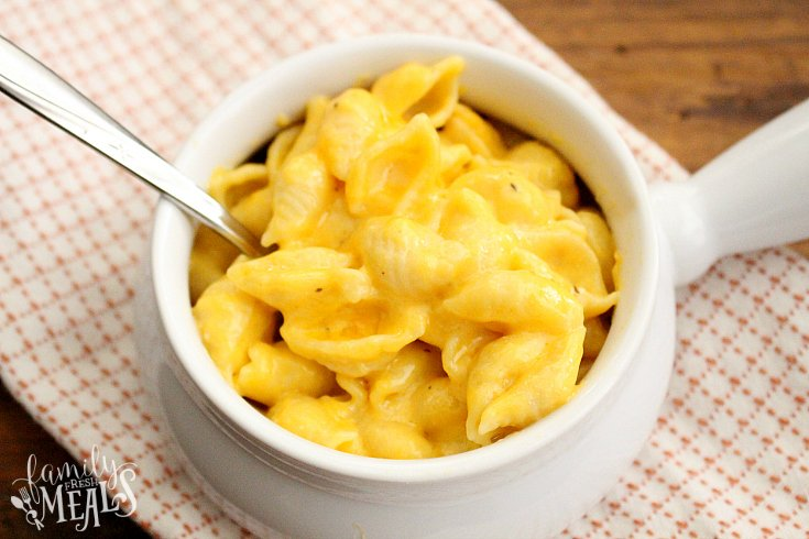 The Best Creamy Crockpot Mac and Cheese - Family Favorite Recipes