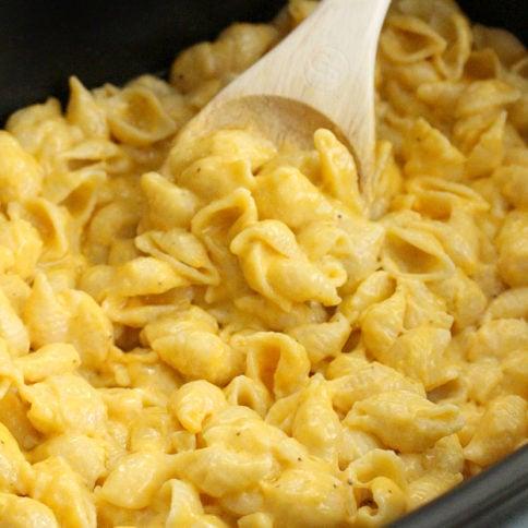 The Best Creamy Crockpot Mac and Cheese - FamilyFreshMeals.com Family Favorite Recipe