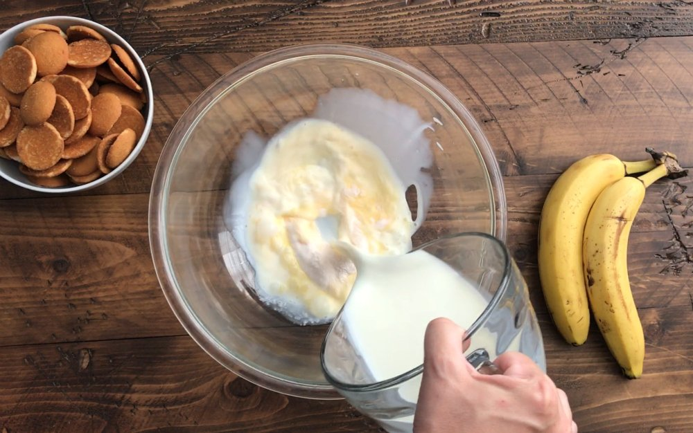 Blue Ribbon Banana Pudding - Step 2