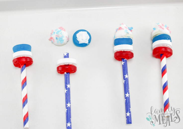 4th of July Fireworks Cupcakes Recipe - Step 3 - Family Fresh Meals
