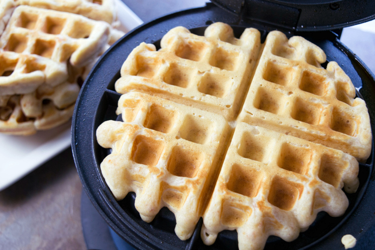 Cinnamon Toast Crunch Waffles - Step 4