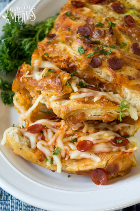 Pull Apart Pizza Bread Recipe - Family Fresh Meals