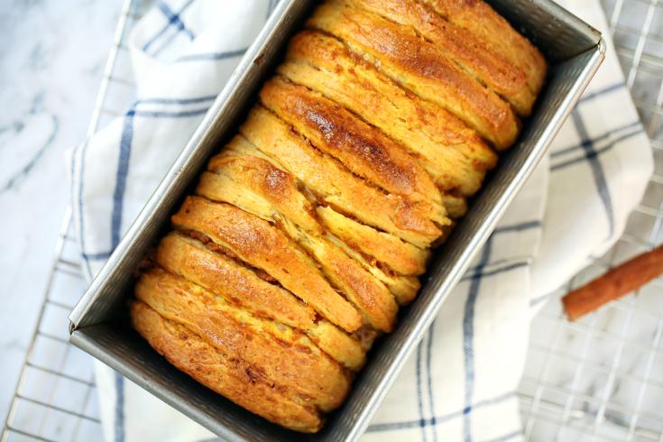Easy Pumpkin Caramel Pull Apart Bread - Step 4