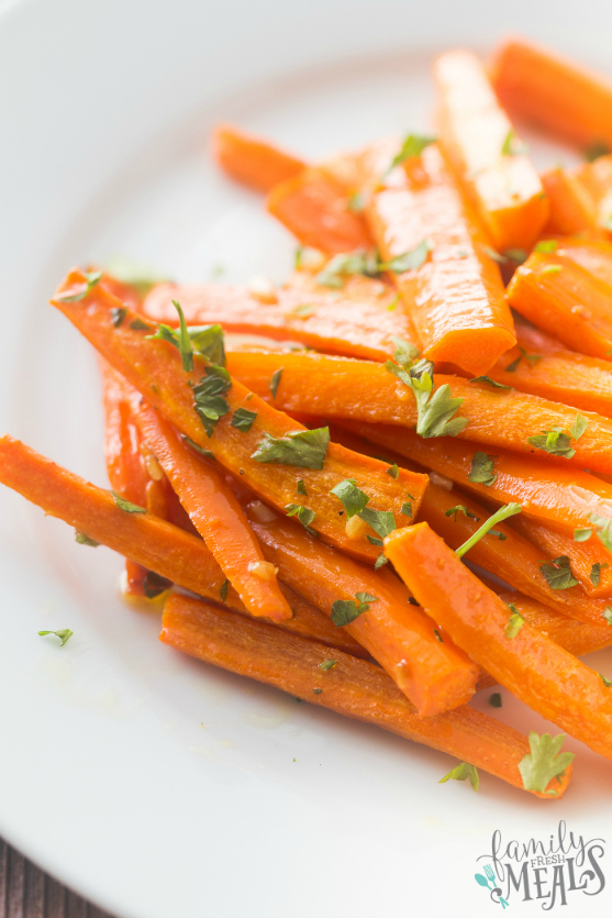 Honey Garlic Roasted Carrots - Family Fresh Meals - Carrots plated