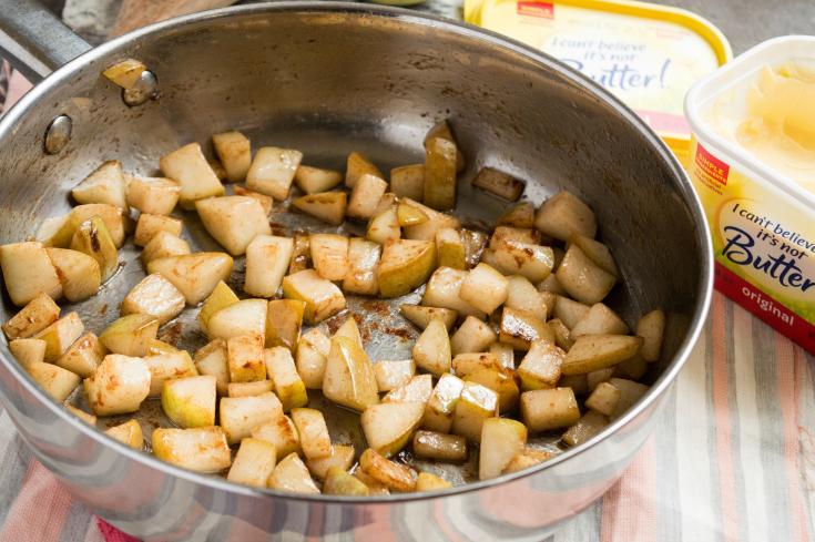 Cinnamon Pear Quinoa Parfaits - Pears and cinnamon cooking in pan