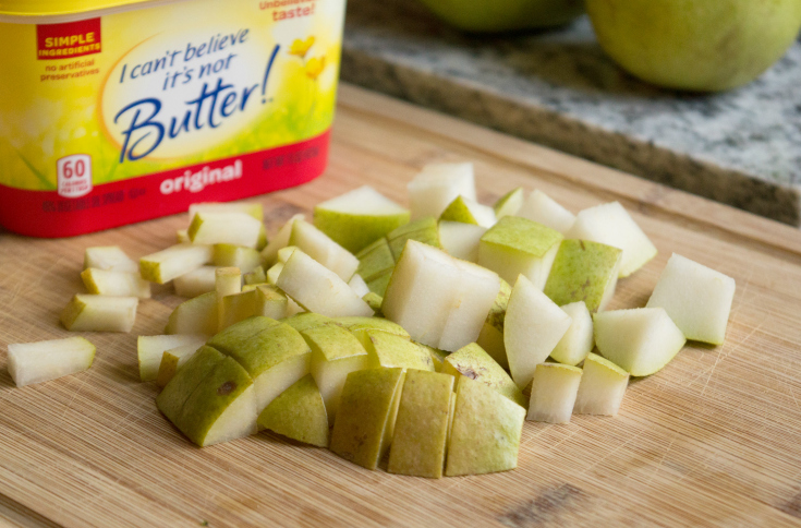 Cinnamon Pear Quinoa Parfaits - Sliced pears