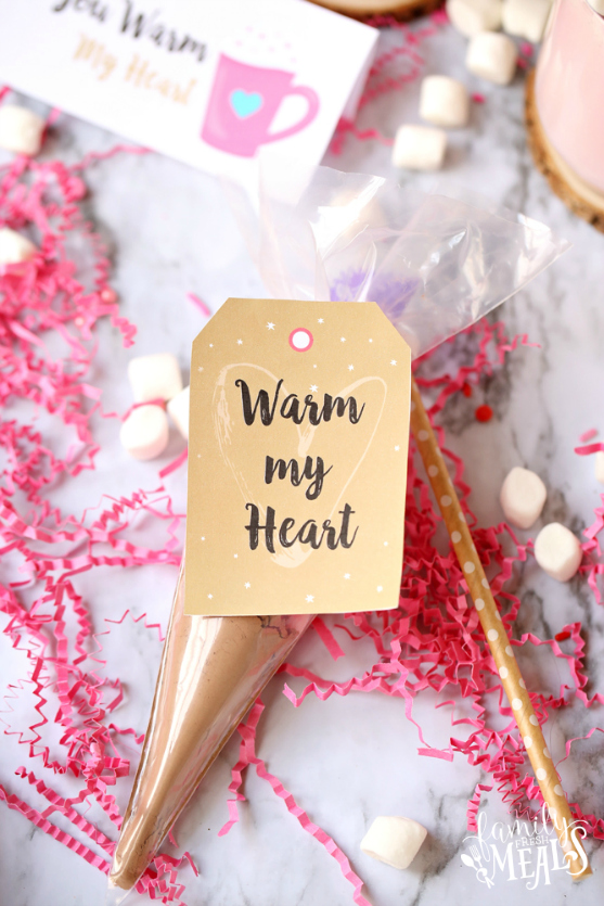 Valentine's Pink Hot Cocoa with Free DIY Gift Tags - Hot Cocoa DIY gift and tags - Valentine's gift - Family Fresh Meals