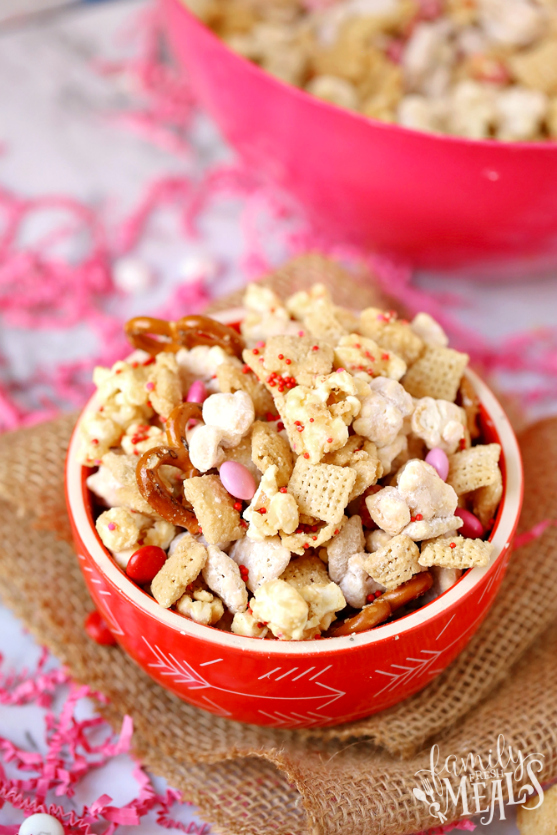 Valentine's Day Snack Mix with Free Printables - Family Fresh Meals Served in a bowl or back it up with the free printable!