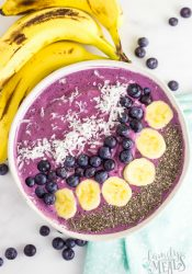 Blueberry Muffin Smoothie Bowl