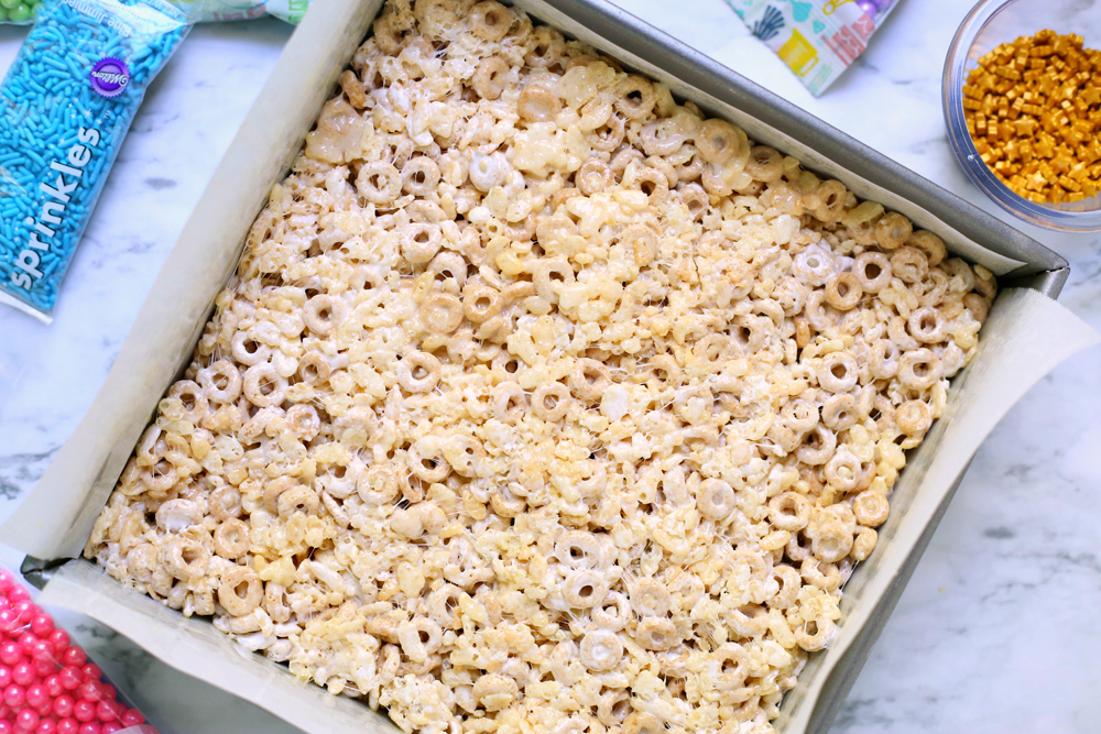 UnicornCerealBars - Cereal treats pressed into a backing pan