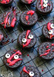Spooky Halloween Oreos