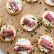 Easy Creamy Prosciutto Cracker Appetizer