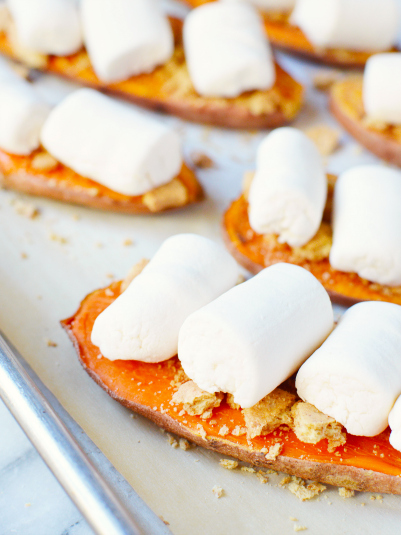 Sweet Potato Casserole Toast - baked sweet potato slices topped with graham crackers and marshmallows