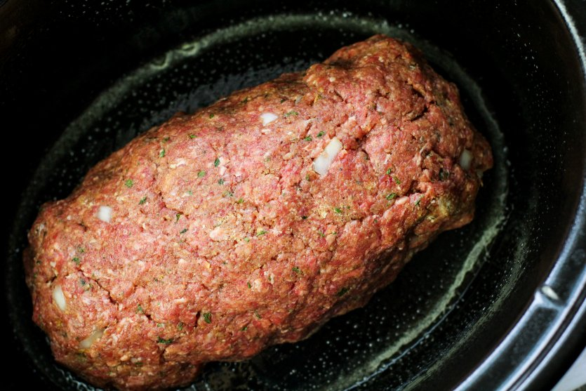 Easy Crockpot Meatloaf Dinner - meatloaf in crockpot - Family Fresh Meals