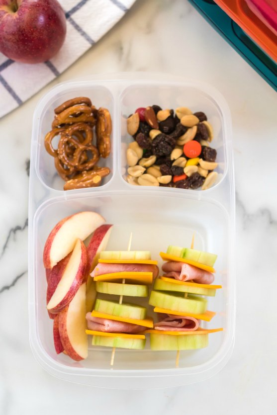 Cucumber Ham Cheese Kabobs school Lunchbox - Family Fresh Meals