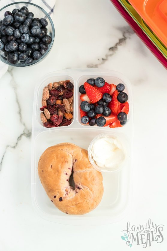 Easy Lunch Idea Bagels packed for lunch - Family Fresh Meals