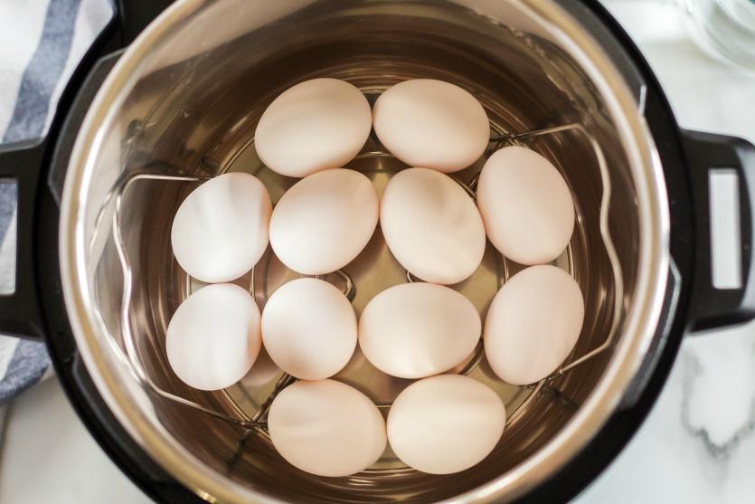 Instant Pot Hard Boiled Eggs - How to make hard boiled eggs in pressure cooker - Family Fresh Meals