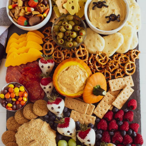 Halloween Appetizer Snack Board Idea - Fun halloween food from Family Fresh Meals