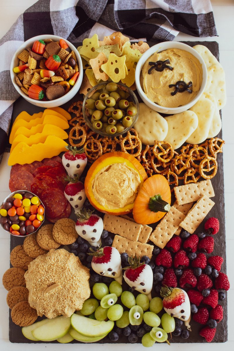 Halloween Appetizer Snack Board Idea