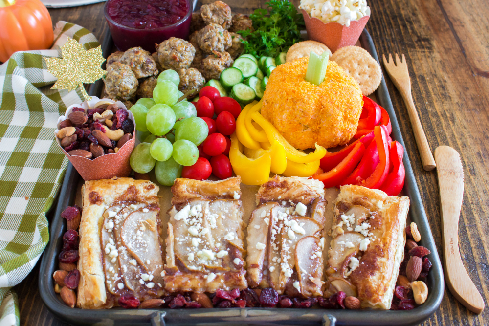 Thanksgiving Appetizer Snack Board - Easy appetizer for the holidays