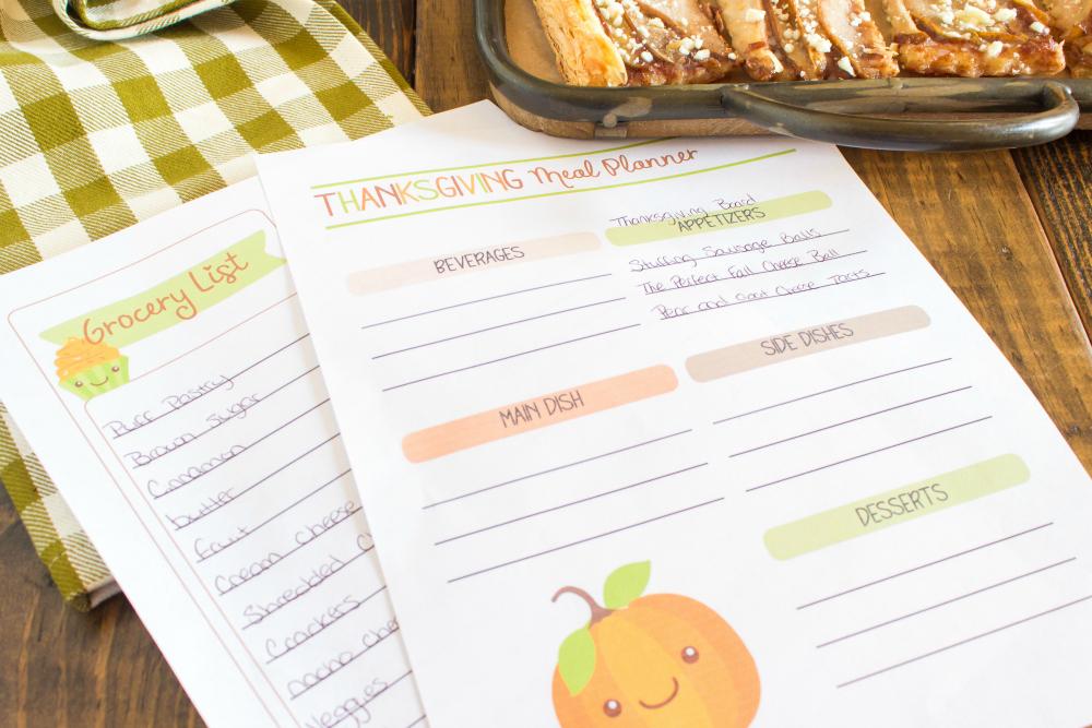 Thanksgiving Appetizer Snack Board - Thanksgiving dinner planner