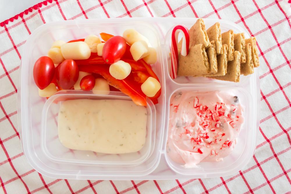 Cute Holiday Lunchbox Ideas - Candy cane lunch box idea