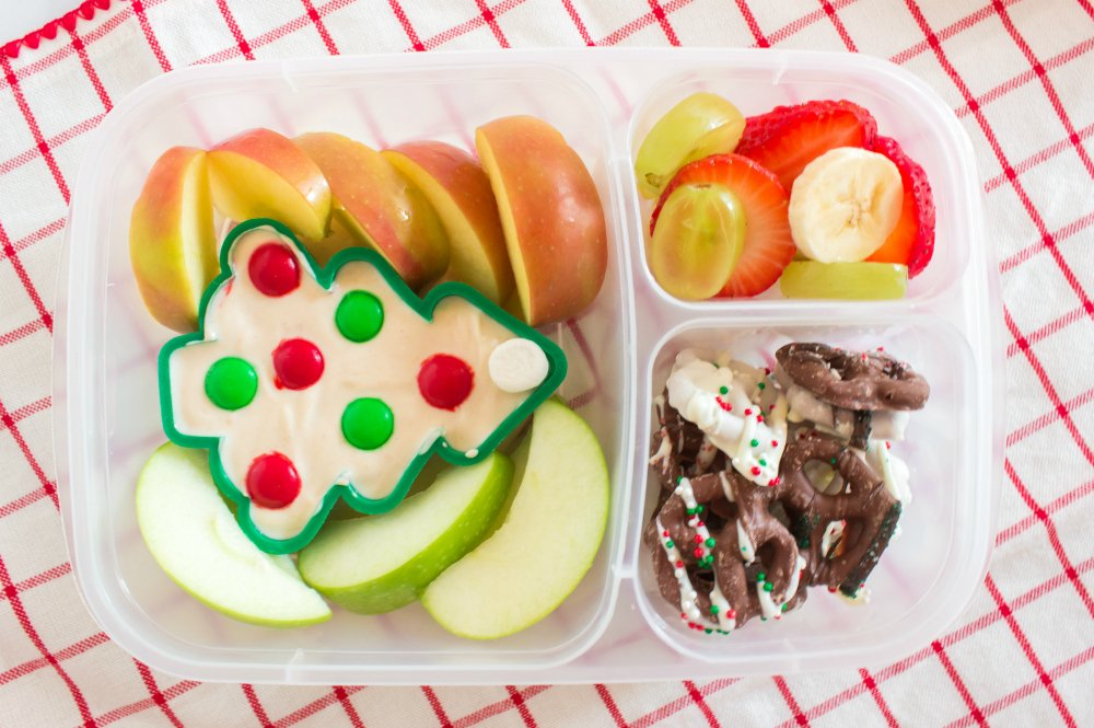 Cute Holiday Lunchbox Ideas - holiday tree lunch packed in easylunchboxes