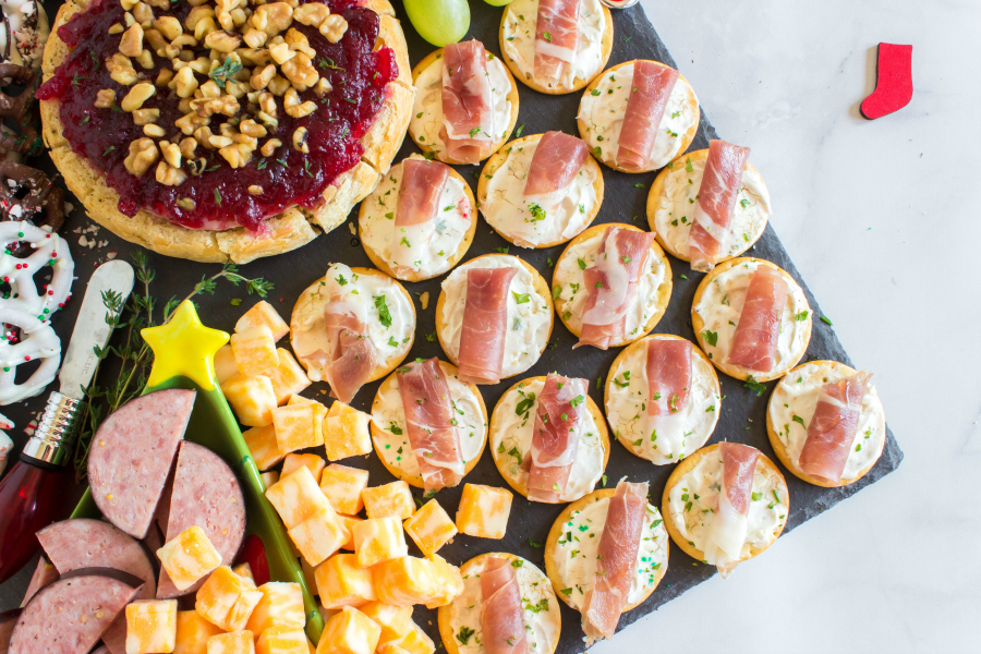 Holiday Appetizer Snack Board - Crackers and ham appetizer