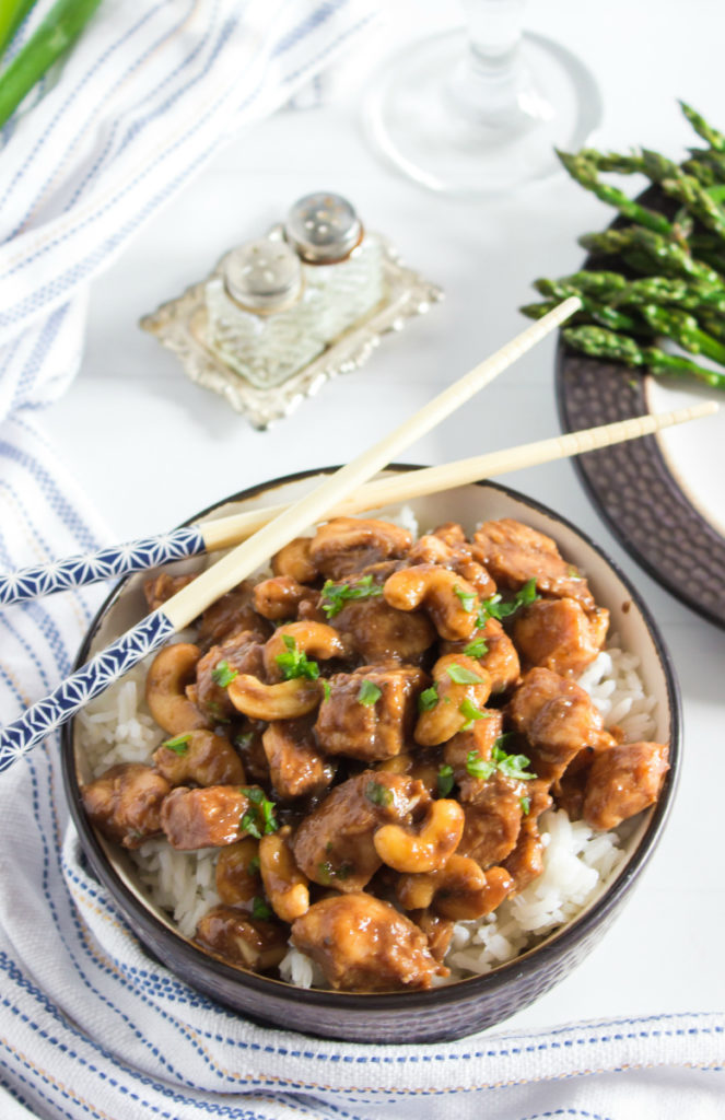 Crockpot Cashew Chicken - Easy take out Chinese recipe - Family Fresh Meals