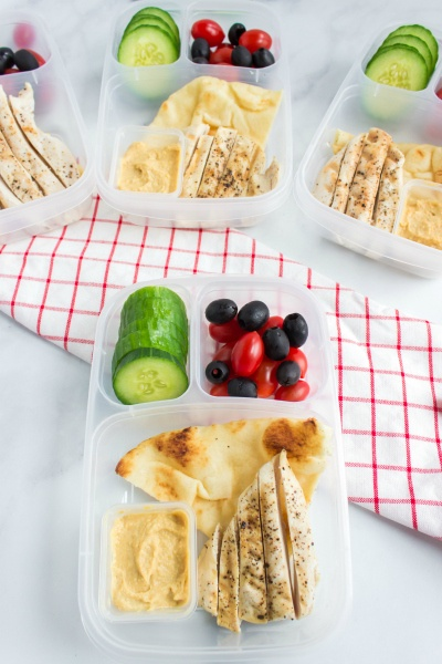 Easy Mediterranean Lunchbox Idea - how to pack a healthy lunch with easylunchboxes