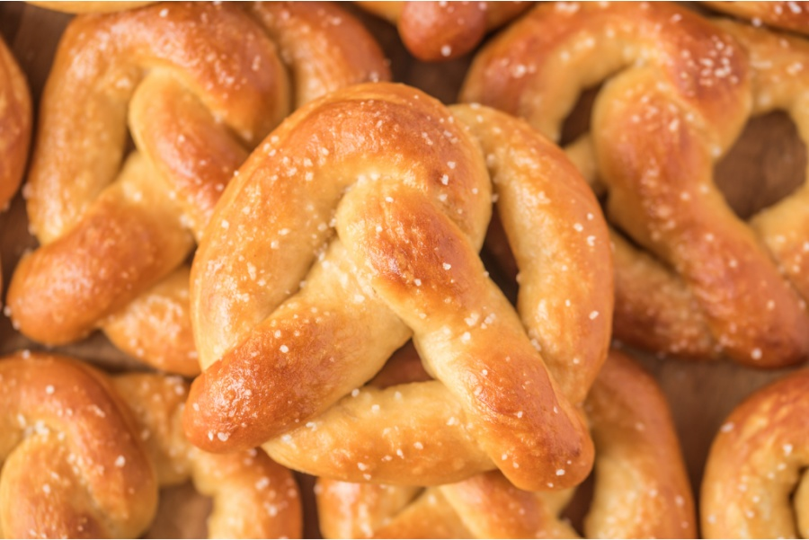 pile of cooked soft pretzels